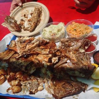 Berth 55 fish market and seafood deli 739 photos 473 for Long beach fish market