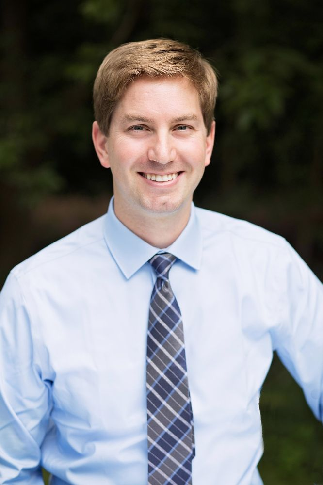 Sladky Family Dental: Jacob D. Sladky, DDS: 500 W Silver Spring Dr, Glendale, WI