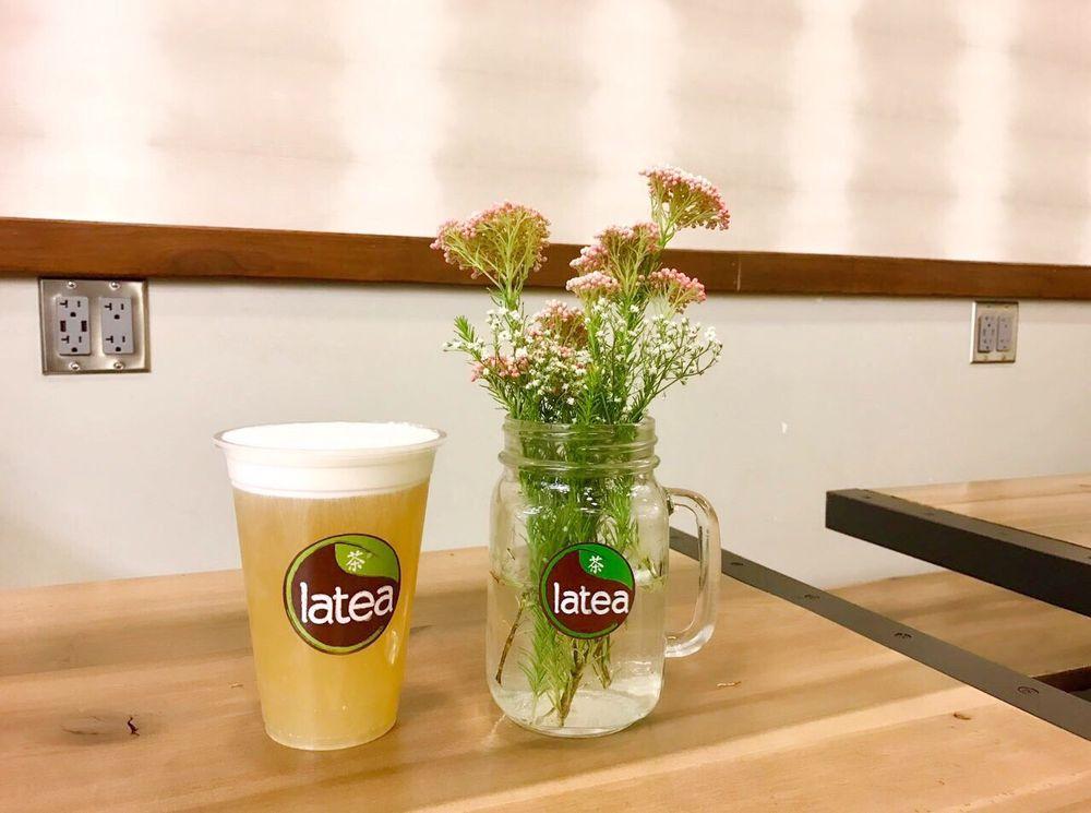 Latea Bubble Tea Lounge: 601 S 6th St, Champaign, IL