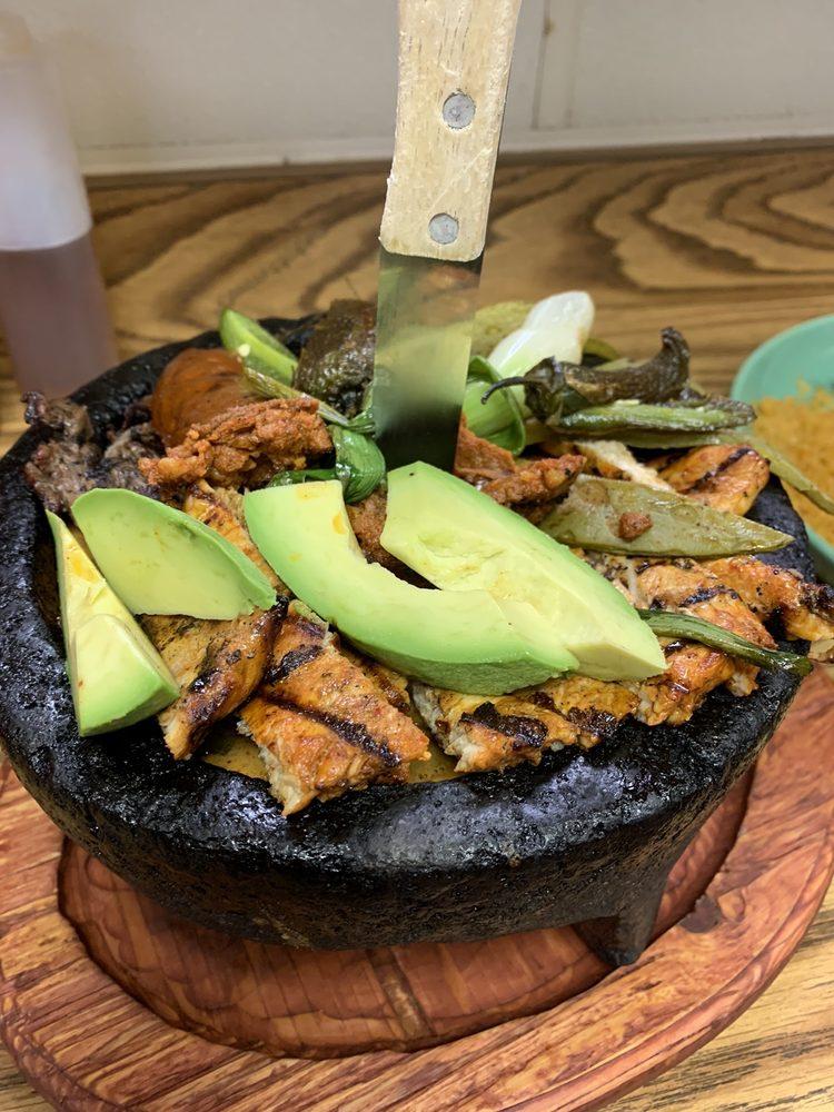 Mazatlan Mexican Restaurant: 675 US-26, Madras, OR