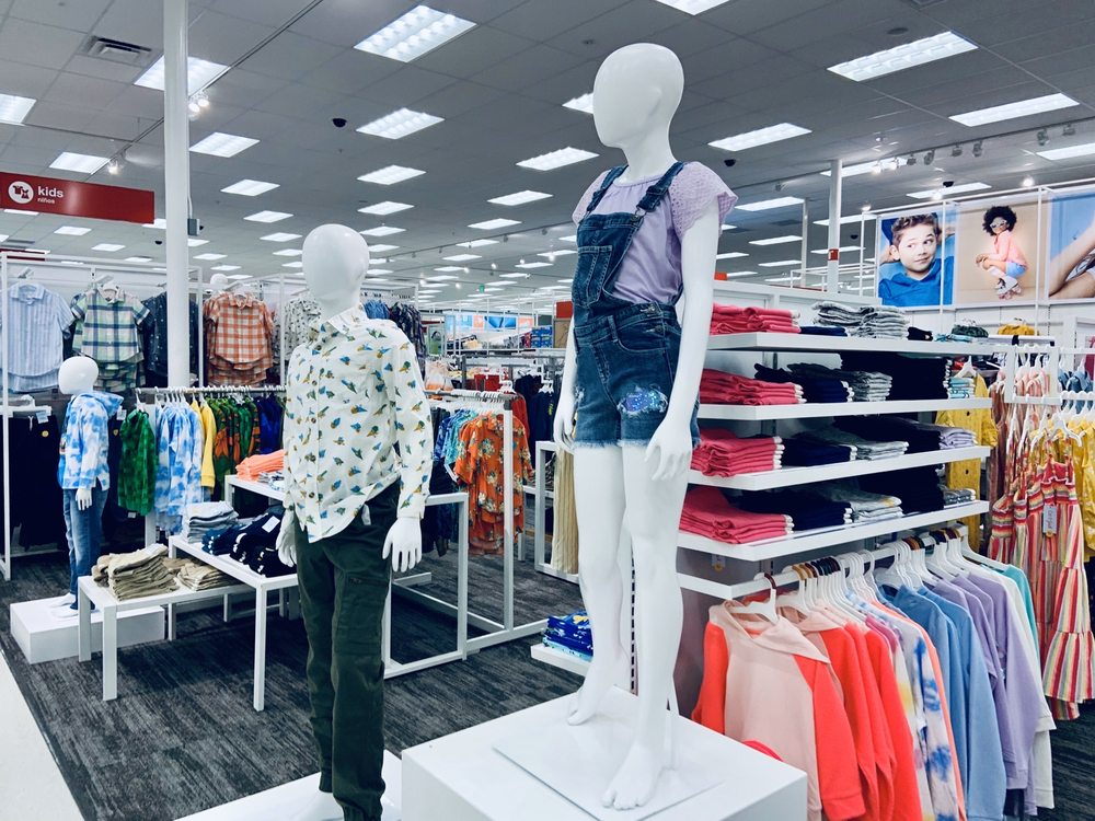 Target: 935 Sweetwater Rd, Spring Valley, CA