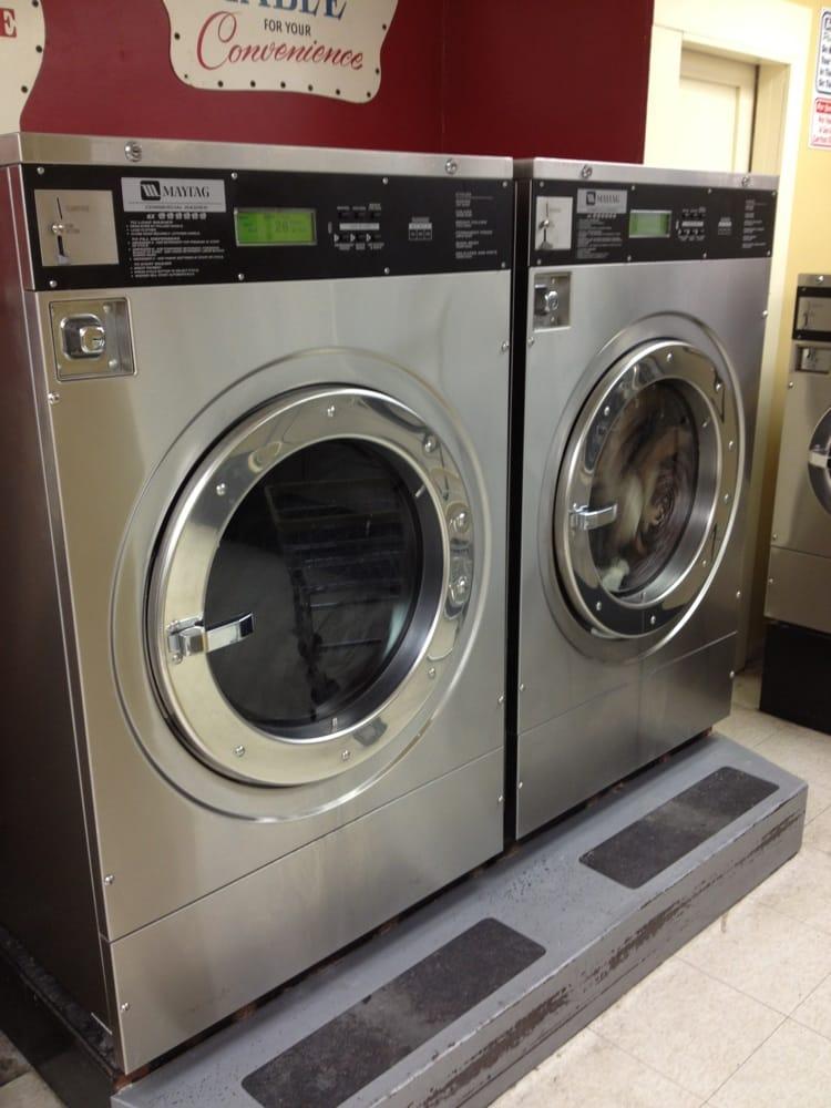 Bountiful Laundry - A Maytag Equipped Laundromat: 415 S 200th W, Bountiful, UT
