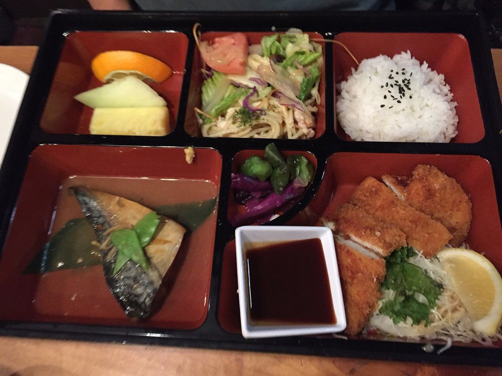 Miyabi Restaurant: 16820 Southcenter Pkwy, Tukwila, WA