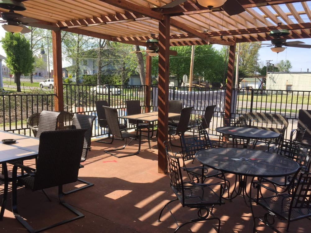 Fiesta Bar and Grill: 104 Wightman St, Moberly, MO