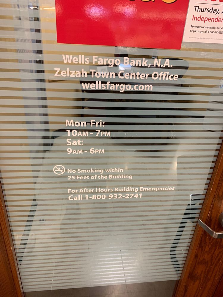 Wells Fargo Bank - 12 Reviews - Banks & Credit Unions