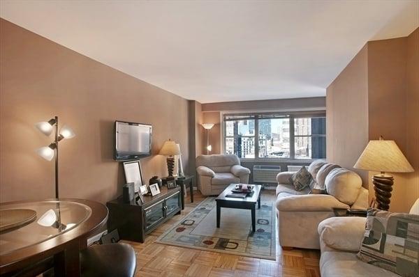 Steve Duggan - Citi Habitats: 387 Park Ave S, New York, NY