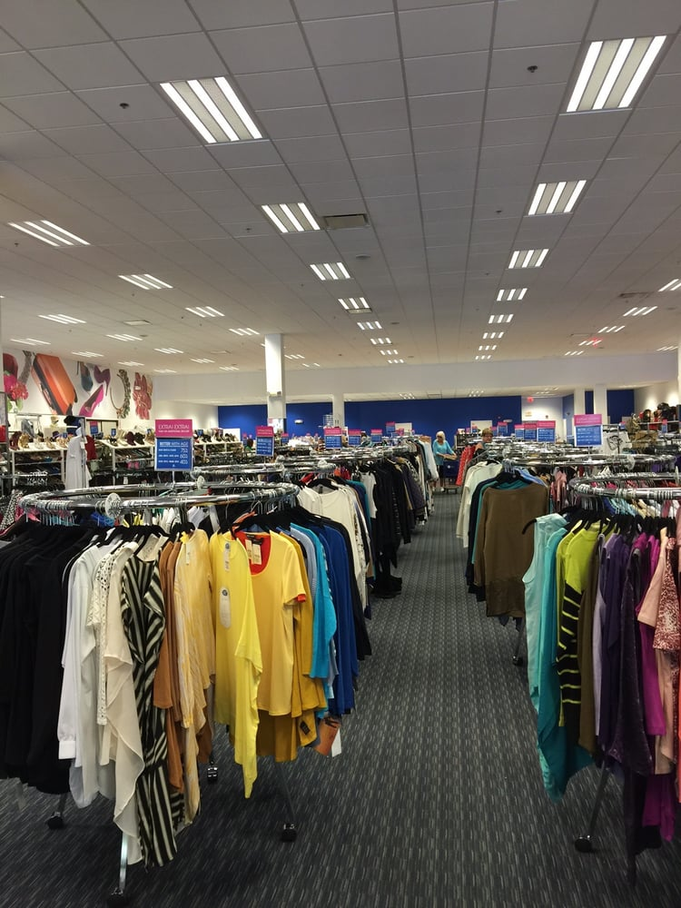 Hsn Retail Outlet: 10801 Starkey Rd, Largo, FL