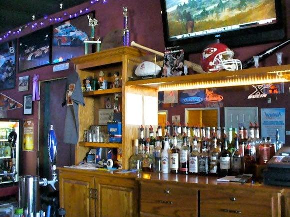 Holmtown Pub: 206 National Ave, Fort Scott, KS
