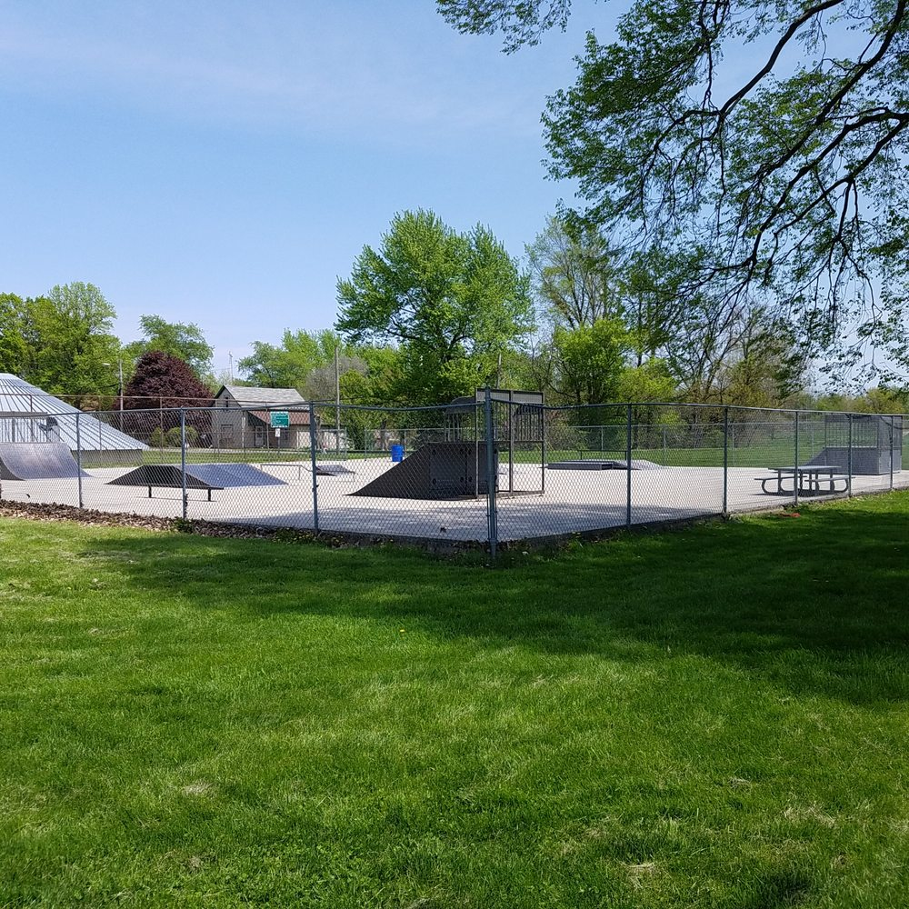 Hartford City Skate Park: 700 N Walnut St, Hartford City, IN
