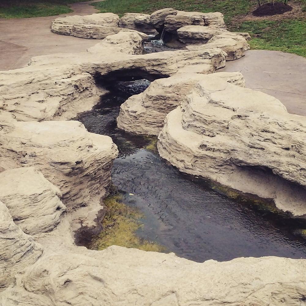 Mizumoto Japanese Stroll Garden: 2400 S Scenic Ave, Springfield, MO