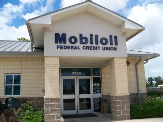 Mobiloil Credit Union Banks Credit Unions 2050 Carroll St