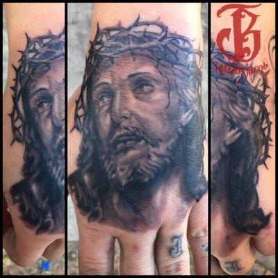5 star tattoo and piercings tattoo 382 ih35 s new for Tattoo shops in new braunfels