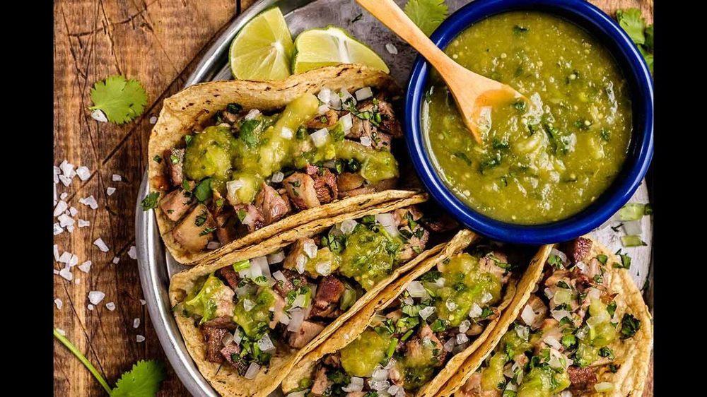 La Cocina Mexicana: 869 W Columbia Ave, Battle Creek, MI