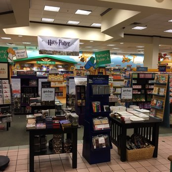 Barnes Noble Booksellers 13 Reviews Bookshops 1955 W New Haven Ave Melbourne Fl
