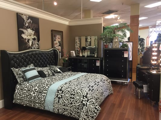 Marlo Furniture Warehouse & Showroom 3300 Marlo Ln District ...
