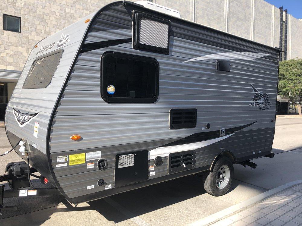 Bish's RV of Omaha: 1120 Fort Crook Rd S, Bellevue, NE