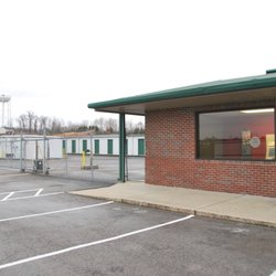 Photo of Red Dot Storage - Radcliff KY United States  sc 1 st  Yelp & Red Dot Storage - Get Quote - Self Storage - 2500 S Dixie Blvd ...