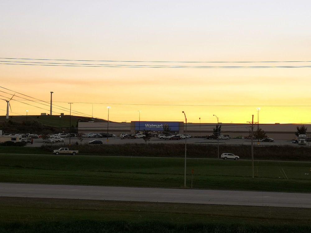 Walmart Supercenter: 140 E College Dr, Concordia, KS