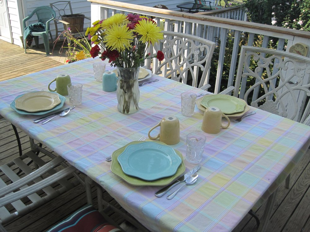 Johnson Hills Farm Bed and Breakfast: 1538 Old Oakland Rd, Brooksville, KY