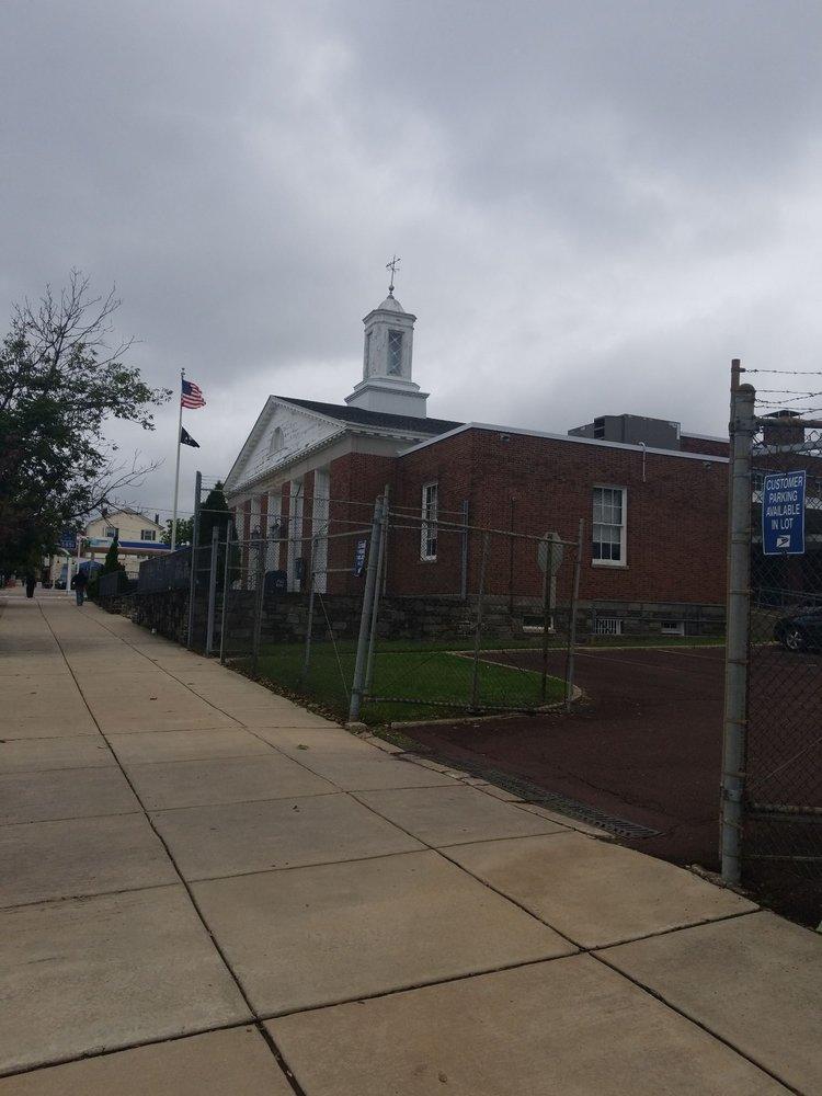 US Post Office: 425 Fayette St, Conshohocken, PA