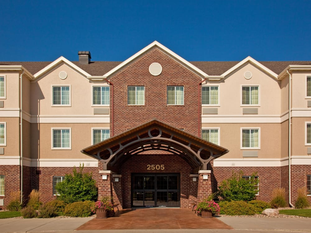 Staybridge Suites Sioux Falls at Empire Mall: 2505 S Carolyn Ave, Sioux Falls, SD