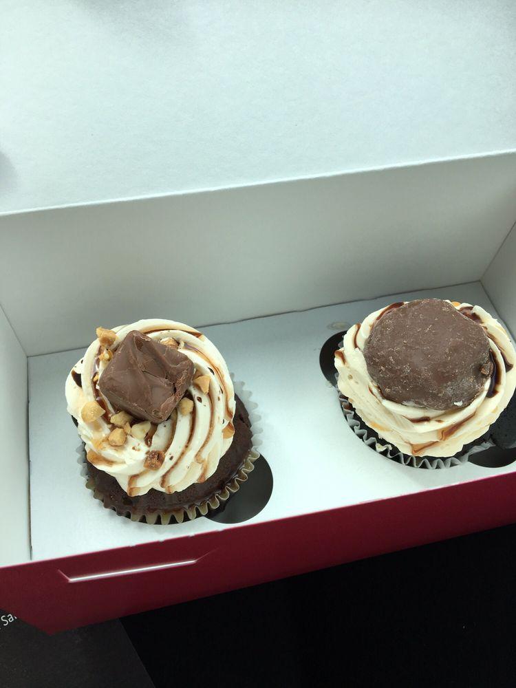 Shorty Cakes: 3813 168th St NE, Arlington, WA