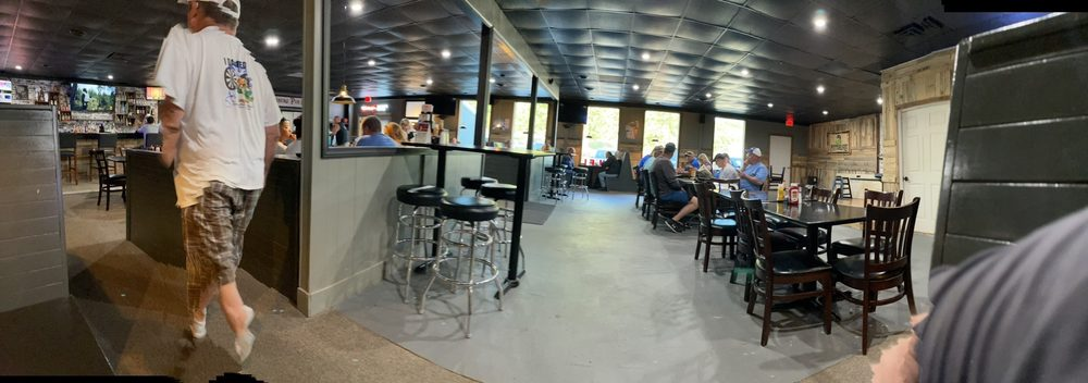 Pittsburg Pub And Patio: 23776 County Rd 277, Pittsburg, MO