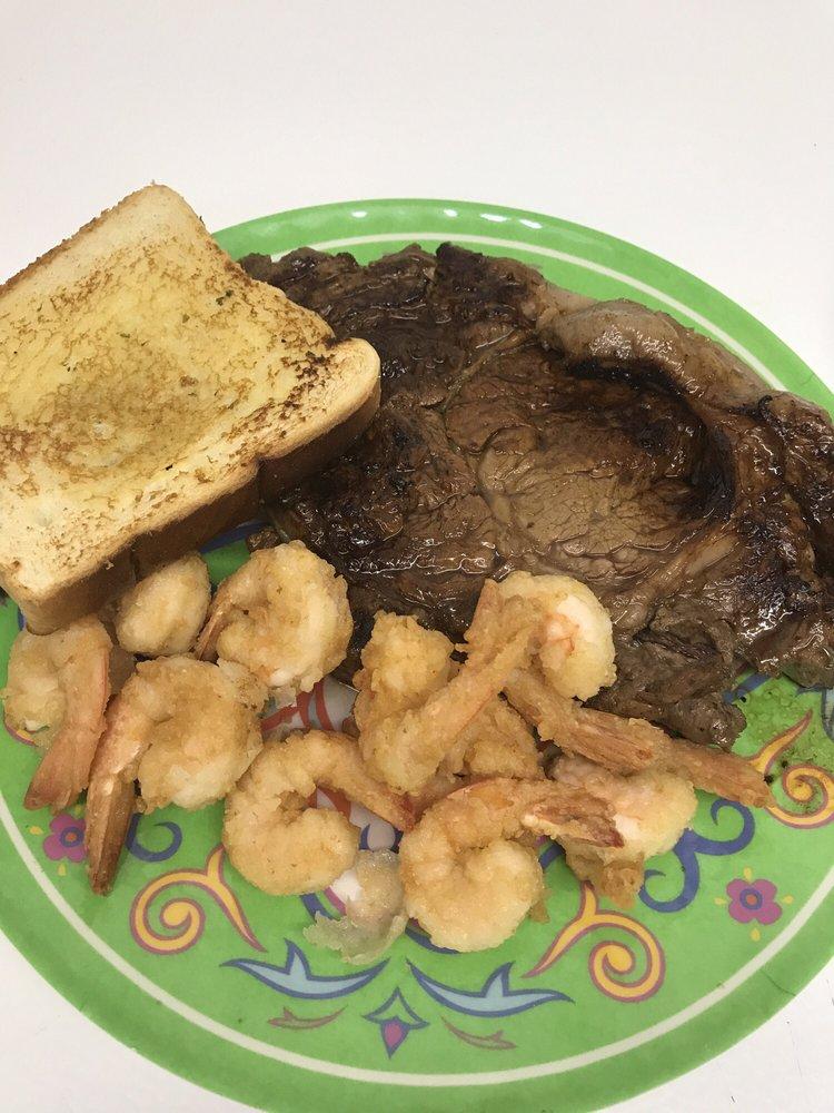 Halls Seafood Restaurant: 1037 Faceville Hwy, Bainbridge, GA