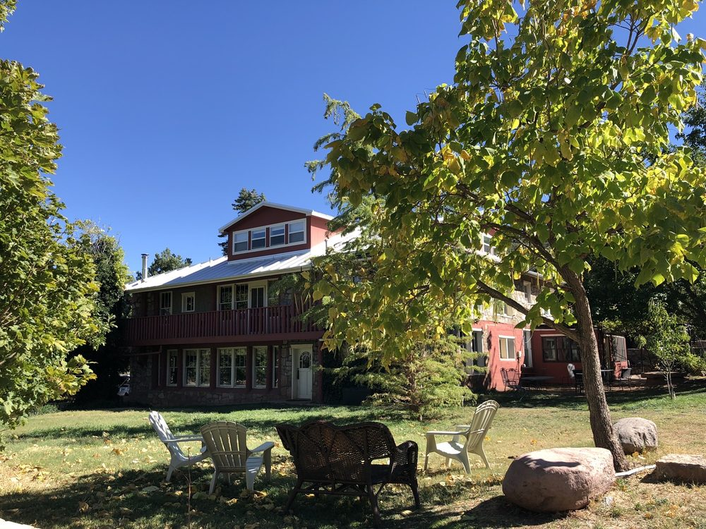 Black Range Lodge: 119 Main St, Kingston, NM