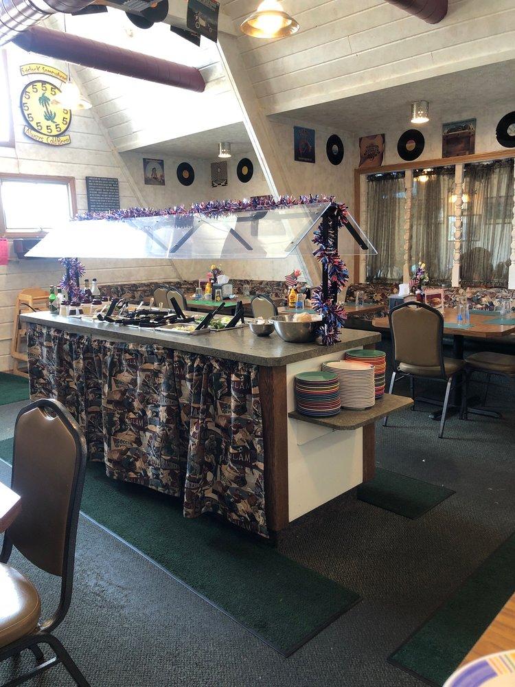 Harry's Place: 631 NE Main St, Lewistown, MT