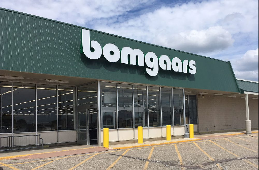 Bomgaars Supply: 1111 N 2nd St, Cherokee, IA
