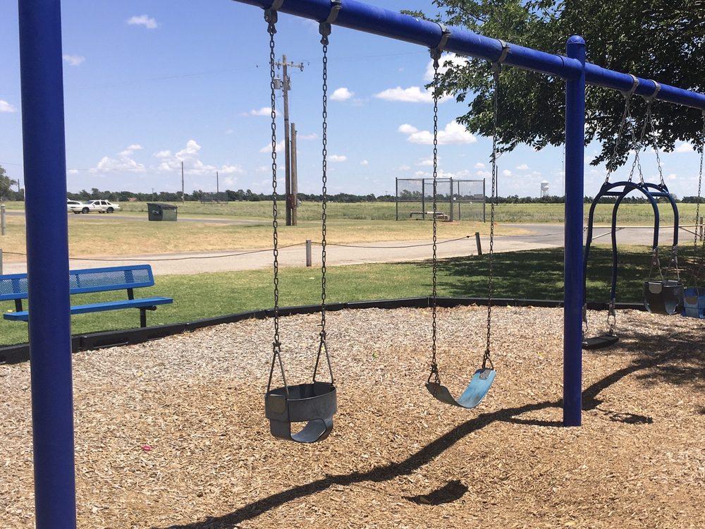 Orbison Park: 4400 Sand Rd, Vernon, TX