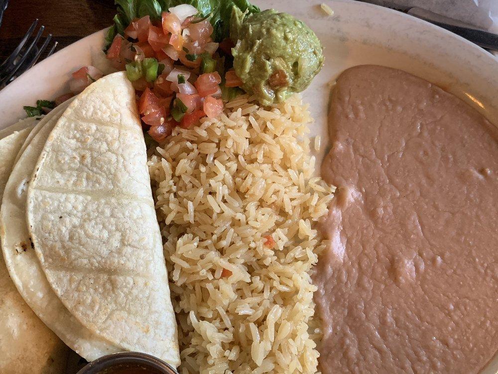 Pecinas: 316 S Choctaw Ave, El Reno, OK