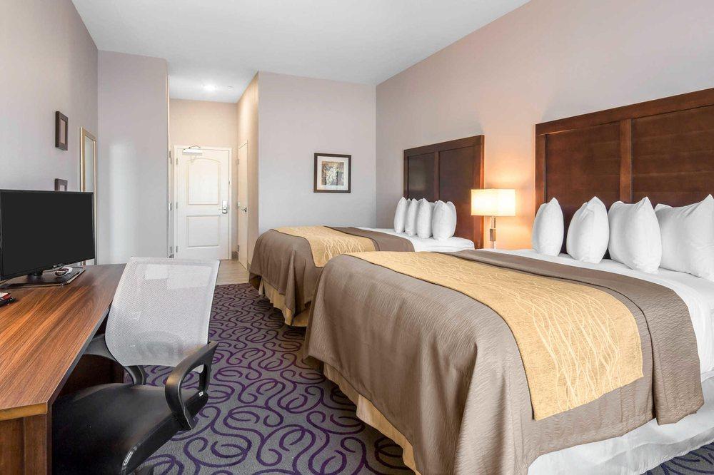 Comfort Inn & Suites: 1202 North Main Ave, Lovington, NM