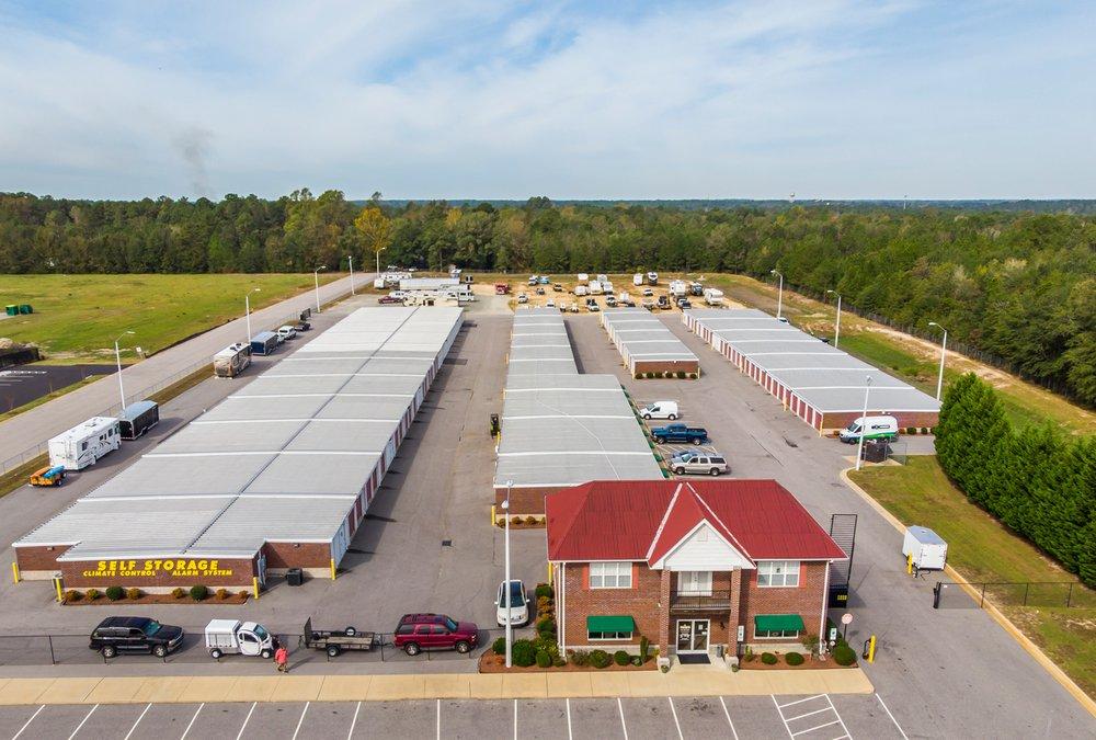 Storage King USA: 4928 US Hwy 301 South, Hope Mills, NC