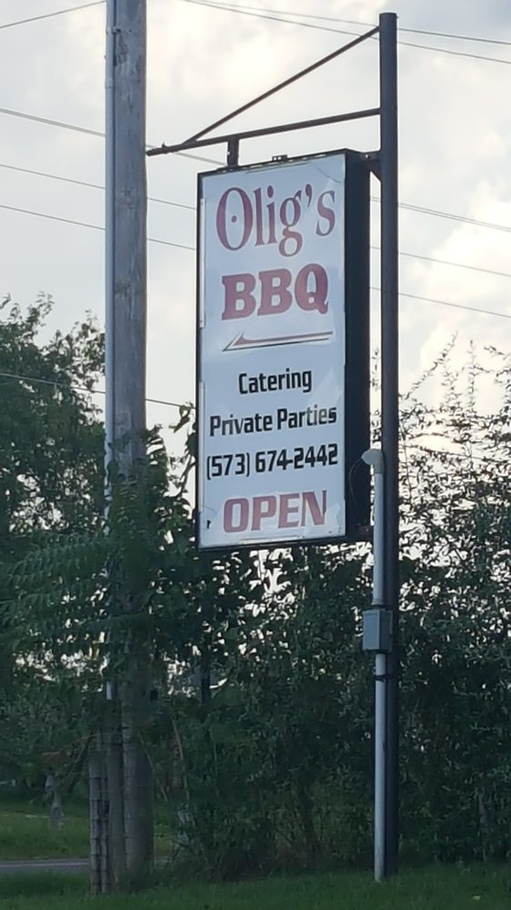 Olig's BBQ: 11490 Hwy 137, Licking, MO