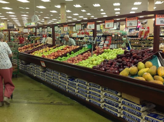 Valli Produce 5880 E State St Rockford Il Grocery Stores Mapquest
