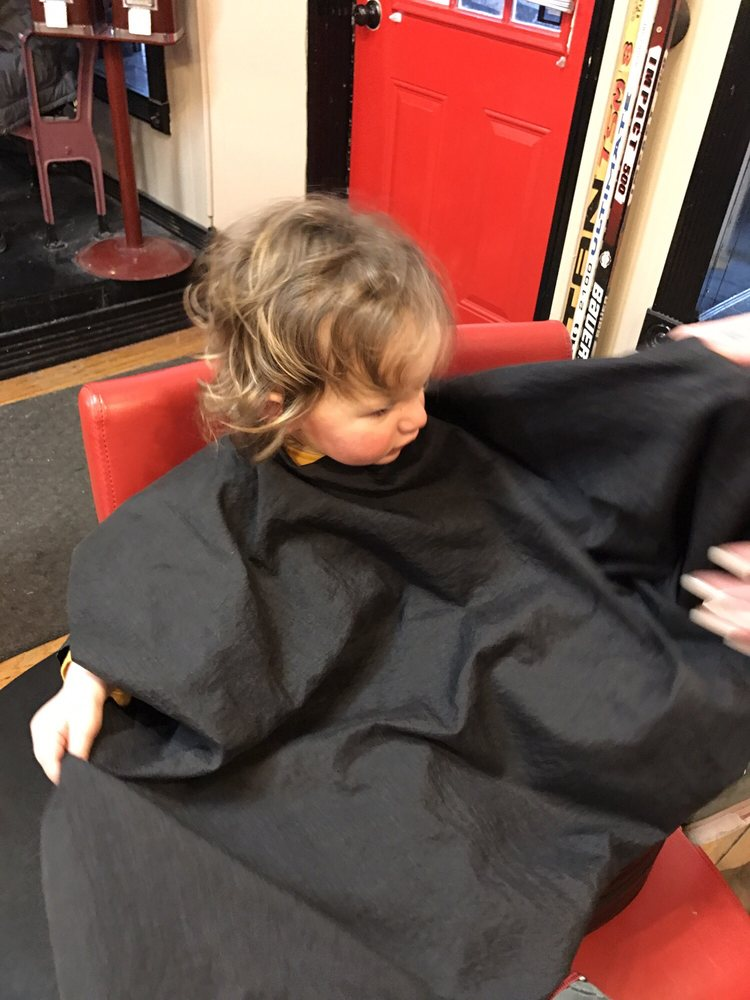 J Rs Allstar Haircuts For Men Barbers 110 N Linn St Bay City