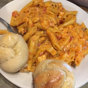 P O Of Peri Brothers Pizza Raleigh Nc United States Penne W