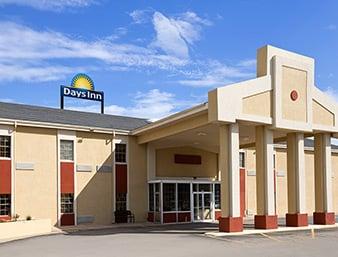 Days Inn by Wyndham Lawton: 601 Northwest 2nd Street, Lawton, OK