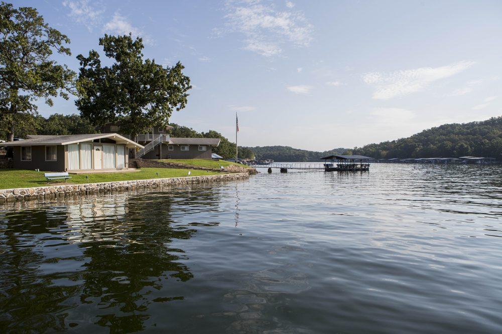 Bass Point Resort: 33510 Bass Point Rd, Gravois Mills, MO