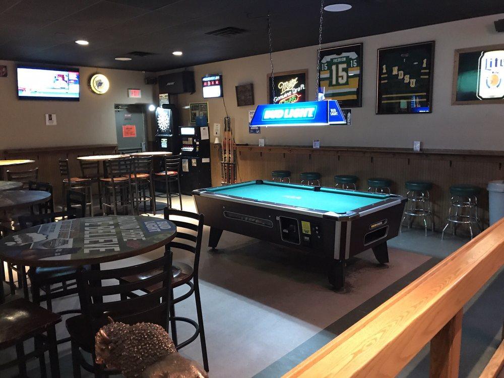Chub's Pub & Package Place: 421 University Dr N, Fargo, ND