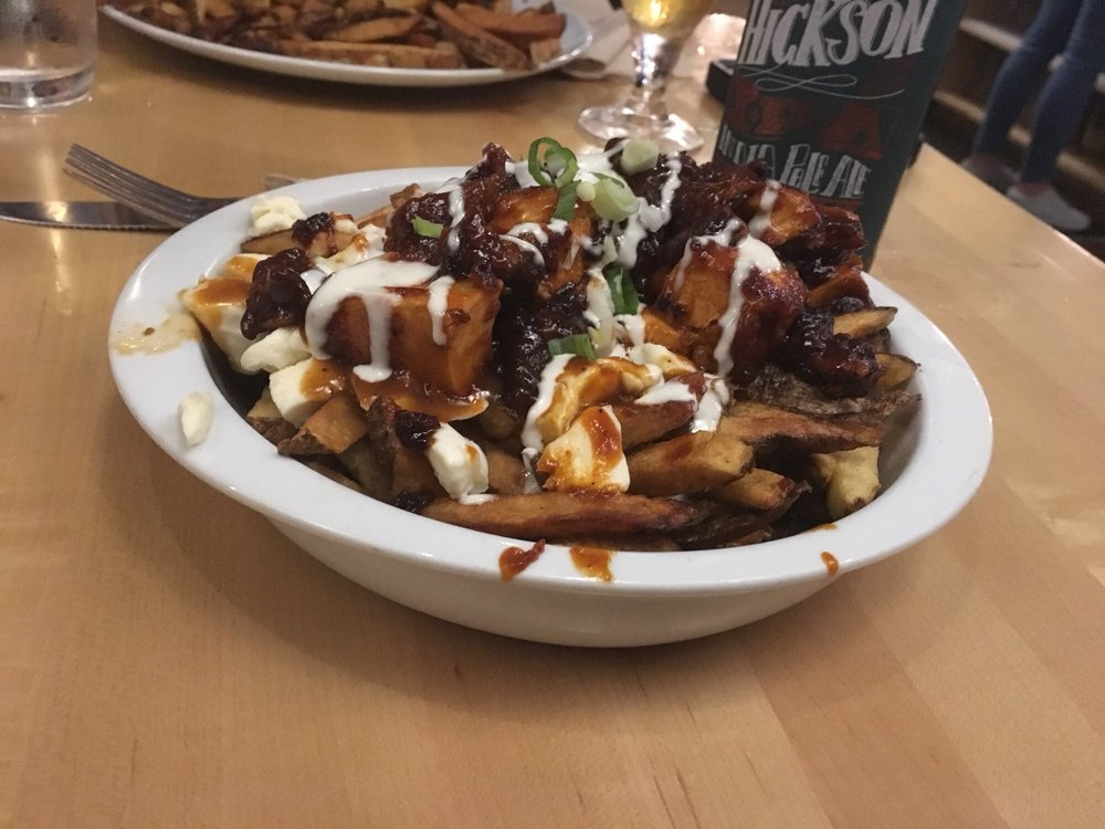 Buffalo Chicken Poutine With Bbq Sauce Yelp