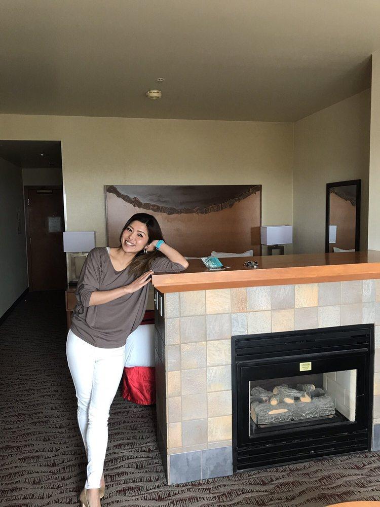 Quinault Beach Casino: 78 State Rte 115, Ocean Shores, WA