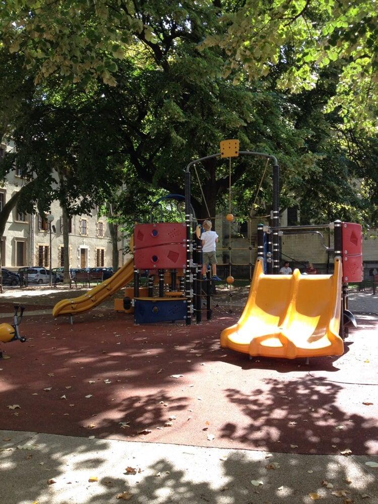 place de l hippodrome parcs 54 cours charlemagne 2 me arrondissement lyon yelp. Black Bedroom Furniture Sets. Home Design Ideas