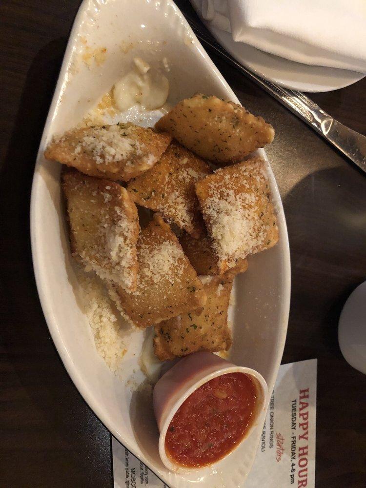 Pear Tree Kitchen & Bar: 1407 N Missouri St, Macon, MO