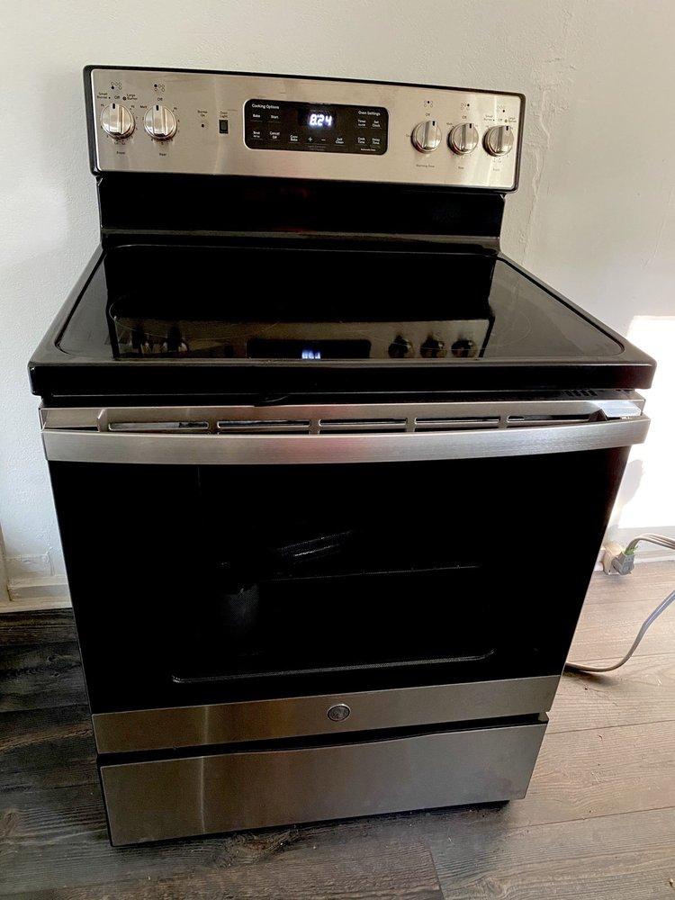 Black's Appliances Audio Video: 1940 Fort Jones Rd, Yreka, CA