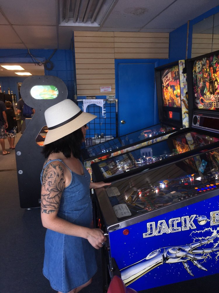 Comics and Gaming: 101 Garfield Pkwy, Bethany Beach, DE