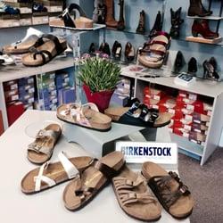 la meilleure attitude 06ee8 cd44d The Good Foot Footwear - Shoe Stores - 128 W Water St ...