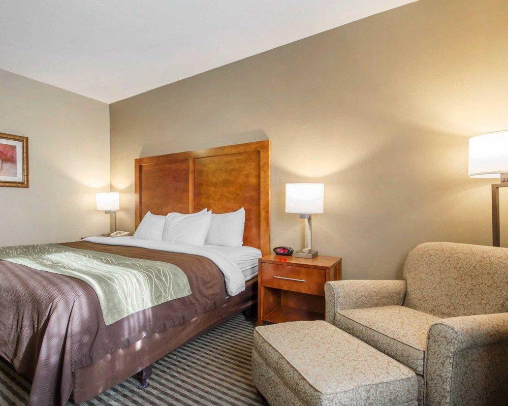 Comfort Inn Plover-Stevens Point: 1560 American Drive, Plover, WI